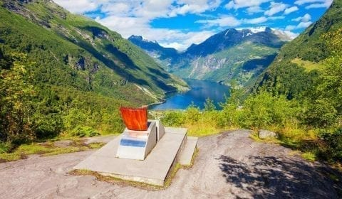 Queen Sonja's seat at Flydalsjuvet with a view over the majestic Geirangerfjord in Norway